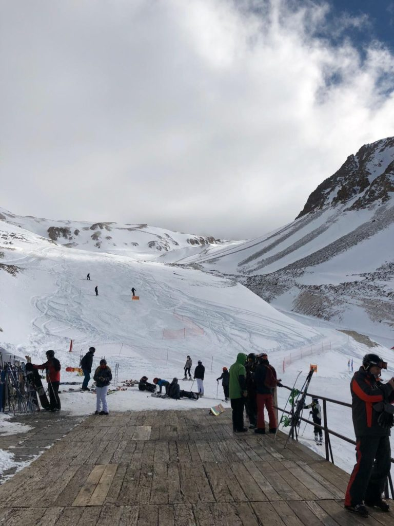 Globetrotter-skied-in-the-Andes-in-July
